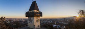 Meine Kanzlei mit Blick auf den Grazer Uhrturm